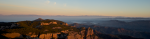 el Montcau i els Pirineus al fons