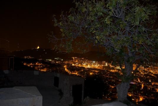 Turó de la Rovira - Mirant el Tibidabo